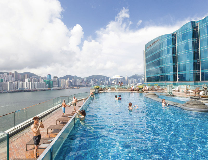 Harbour Grand Swimming pool ©Harbour Grand Kowloon