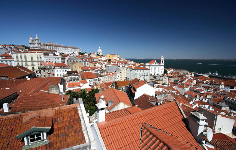 A View from Miradouro Porta do Sol ©포르투갈관광청